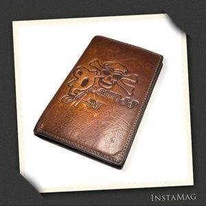 ESIPOSS Skull Bi-Fold Distressed Leather Wallet